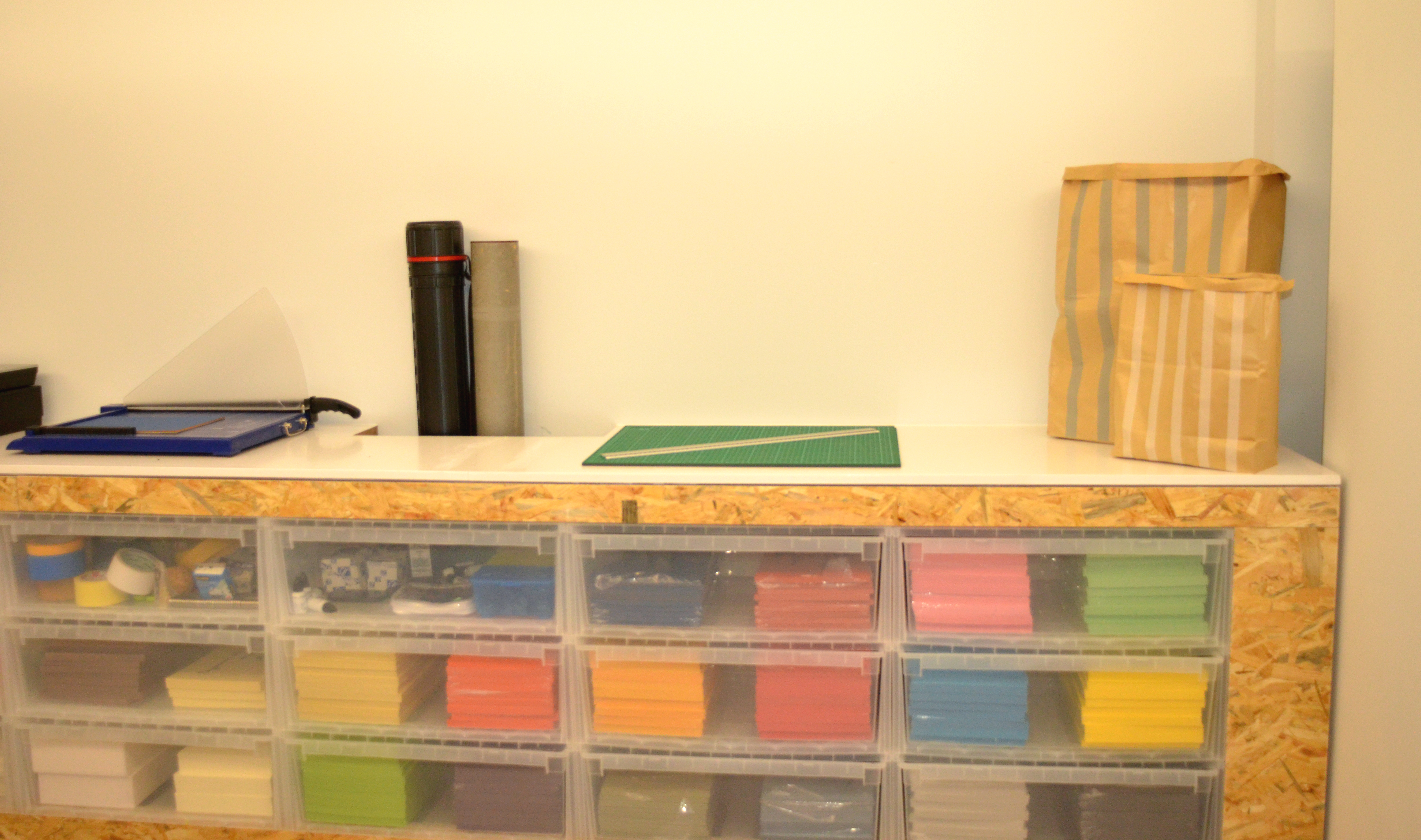 am nagement de l espace fotokino pour marseille provence 2013 au j4 marseille in materia. Black Bedroom Furniture Sets. Home Design Ideas